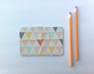 Trouvés triangle stationery